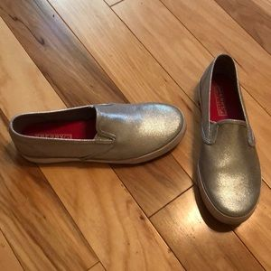 Sperry girls silver slide ons